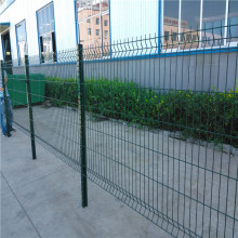 curvy welded iron wire garden fencing mesh