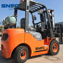 Japanese engine 2000kg LPG Gas Forklift Truck