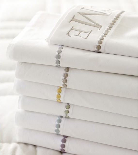 Cotton-pearl embroidered pillowcase for hotel
