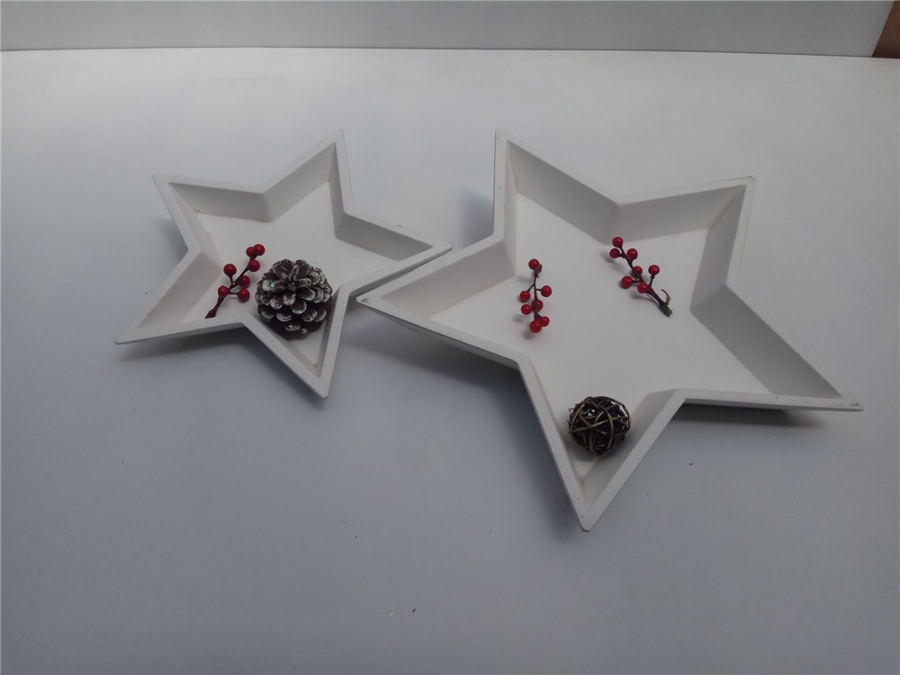 wooden star decoration plates