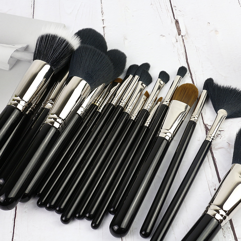 18 pcs brush set