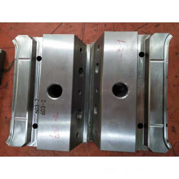 Automobile Plastic Injection Mould  Slider