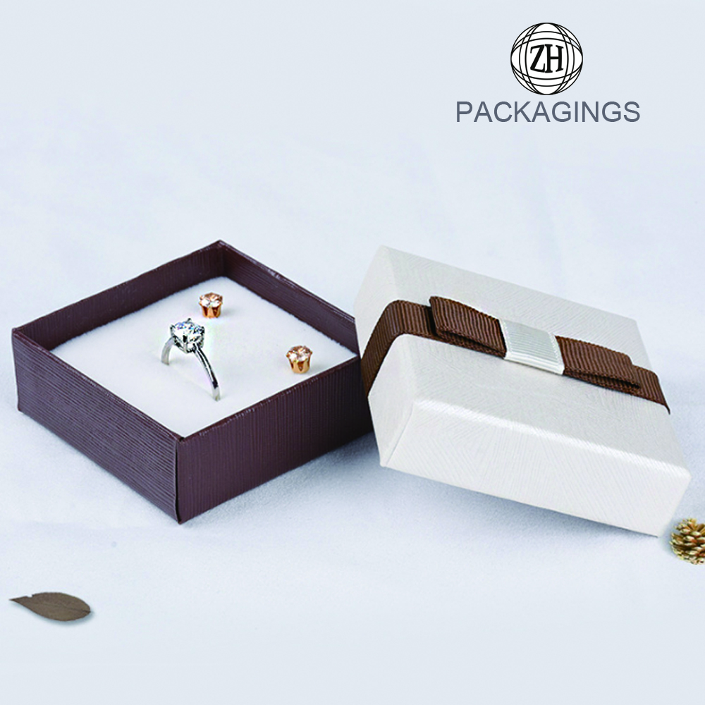 Custom necklace gift box for wedding whiolesale