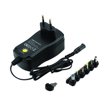 1500mA Switching Mode Universal Regulated Power Adapter