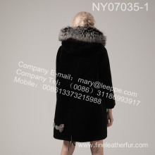 Women Coat With Mink Flower In Winter