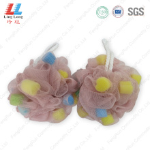 Mesh blotting sponge bath ball