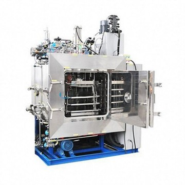 Large horizontal medical pharmaceutical freeze dryer
