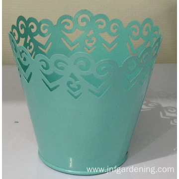 Nordic lace trim flower bucket