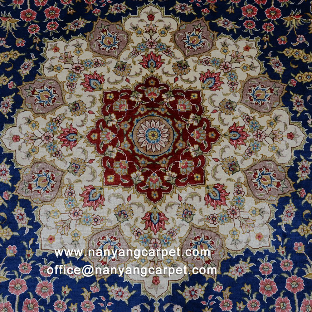 Flower design of Indian carpet