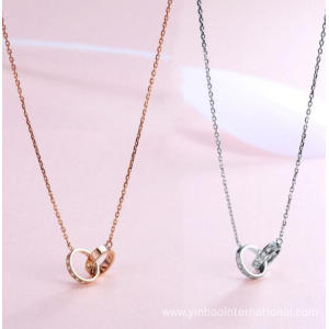 Entwined Loop Necklace 18K