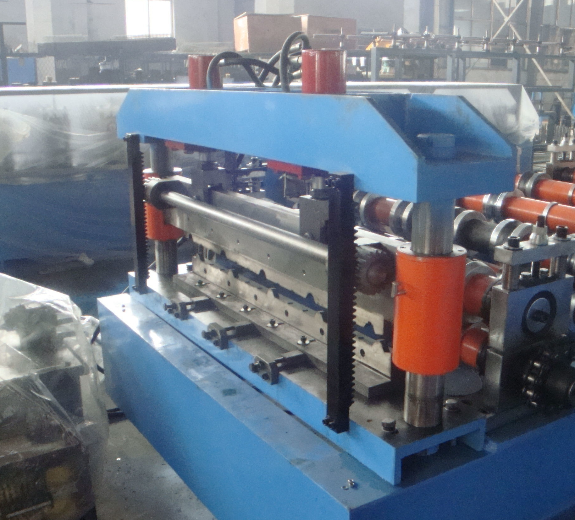 Trapezoidal roofing sheet long span machine 3