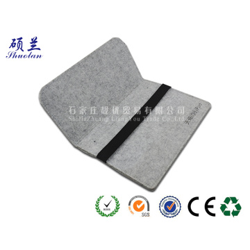 Hot selling customized color felt ipad bag