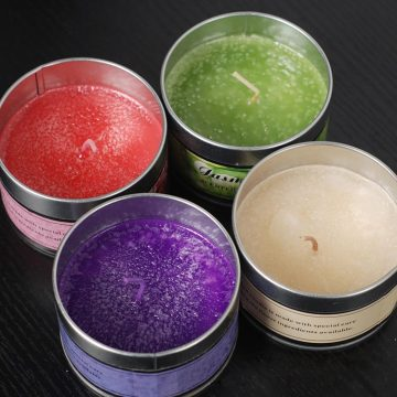 Paraffin Wax Couloured Gift Candles in Travel Tin