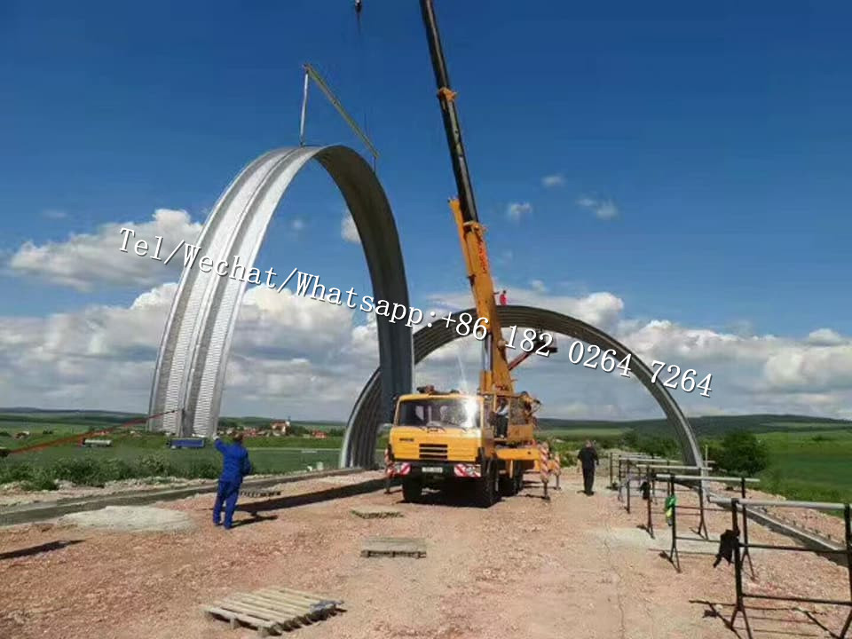 beamless arched hangar building machine