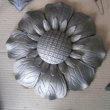 Forged Ornamental Wrought Iron Sunflowers