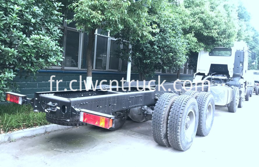 heavy towing service vehicles chassis 2