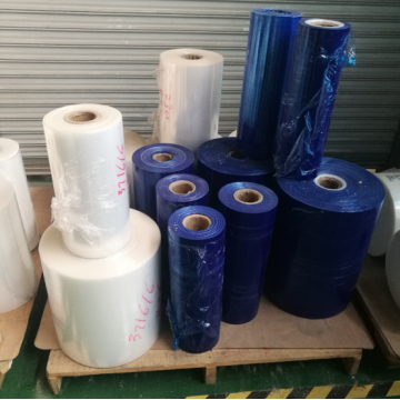 Blue stretch film cast jumbo roll