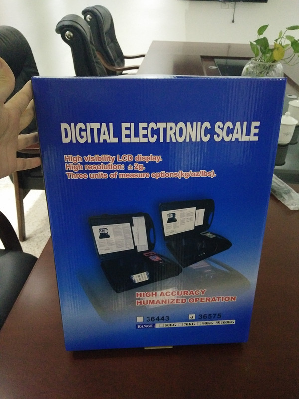 Air conditioning refrigerant charging scale