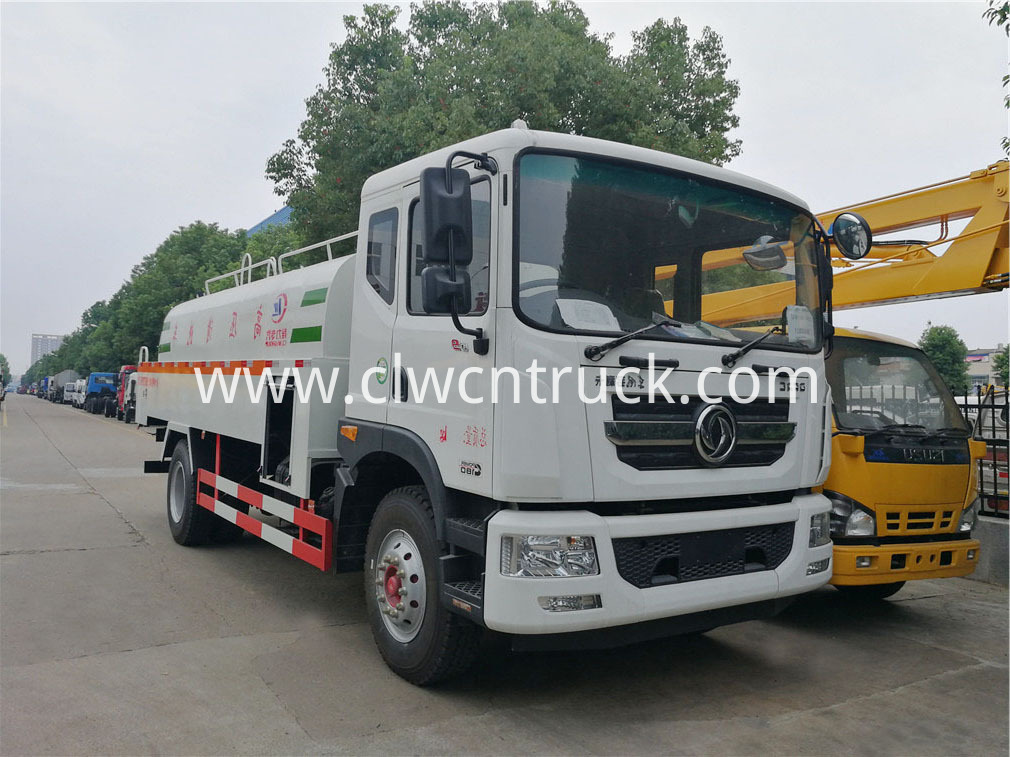 high pressure washing truck 1