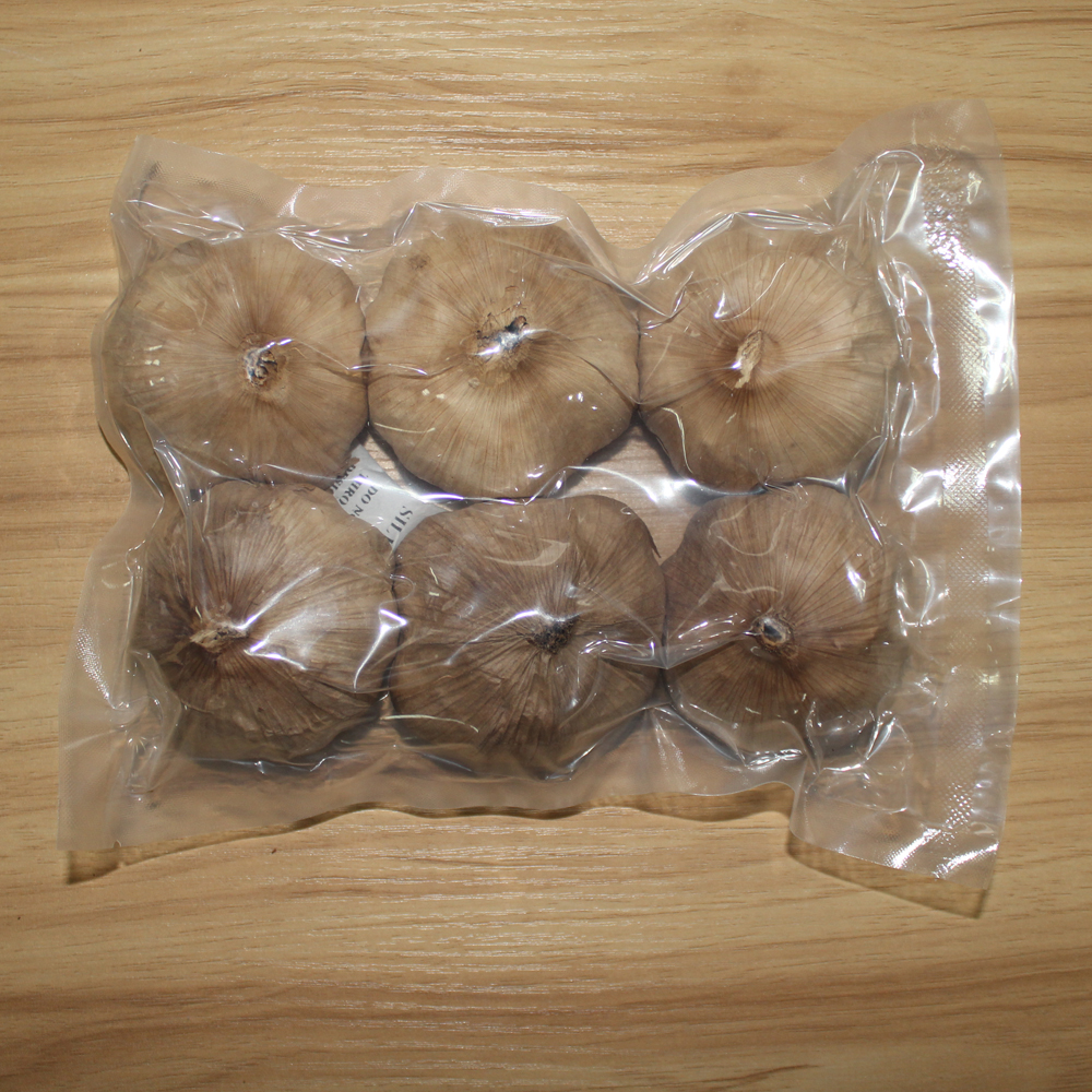 whole black garlic (157)