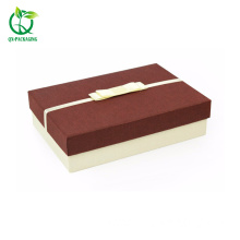 Foam inseat magnetic closure cosmetic box