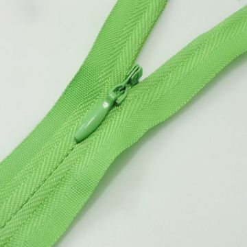 Nice design nylon replacement zippers for clothing wholesale