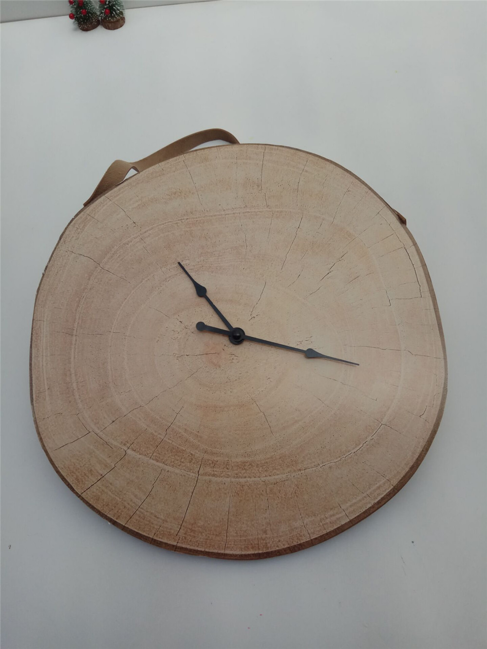 hot selling irregular wooden clock