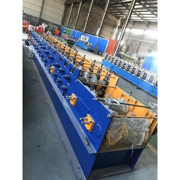 Automatic hydraulic cutting CZ purlin roll forming machine