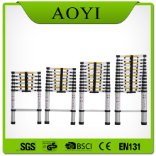Adjustable aluminium telescopic ladder