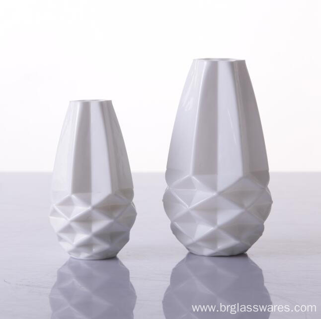 Hot Selling White colored glass diffusers bottle