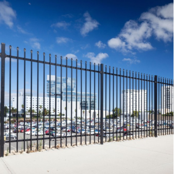 Galvanized zinc steel fence