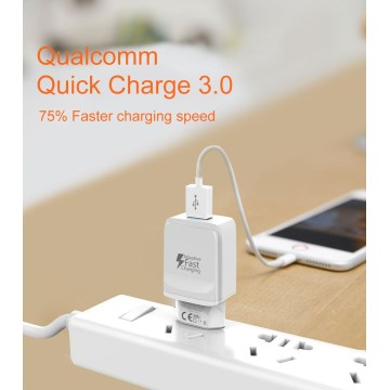 Quick Charge 3.0 Fast Charger With phone
