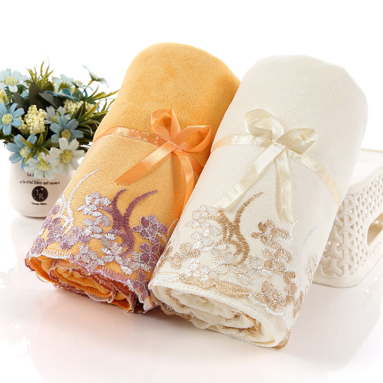 with A Lace Cotton Towel Set to Gift