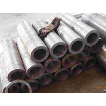 Alloy Steel Seamless Pipe Round Steel Pipes ASTM Steel Tube