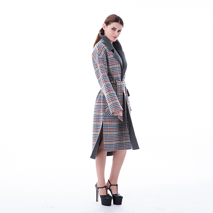 Vogue Coloured Checked Cashmere Windbreaker