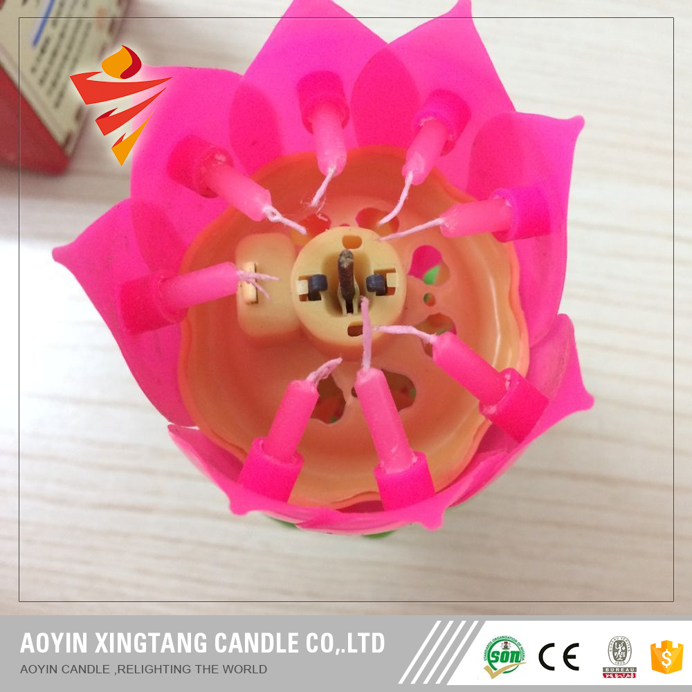 Amazing Lotus Rotatable Musical Birthday Candle