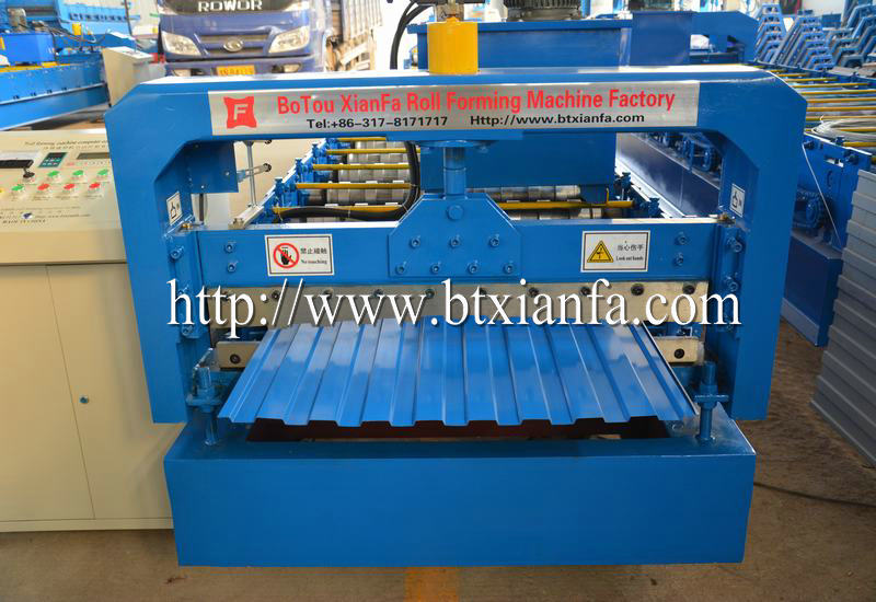 R Panel Making Machine