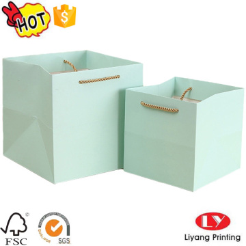 Custom made shopping decorative paper bags