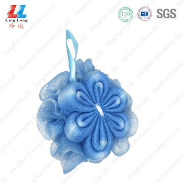 Gradient goodly mesh sponge bath ball
