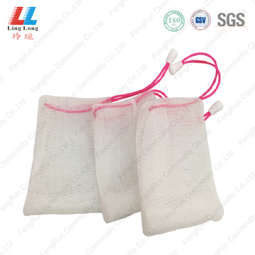 Facial mesh washing sponge
