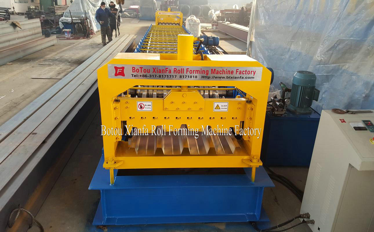 industrial deck forming equipment