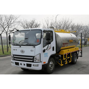 High efficiency asphalt distributor