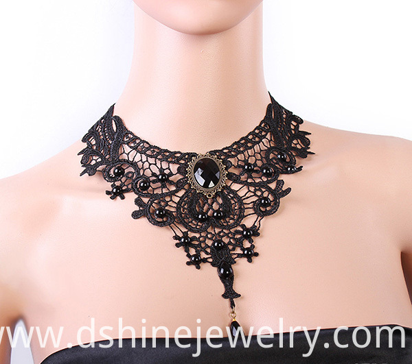 Europe Quality Fashion Women Vintage Lace Necklace Fake Collar Jewelry