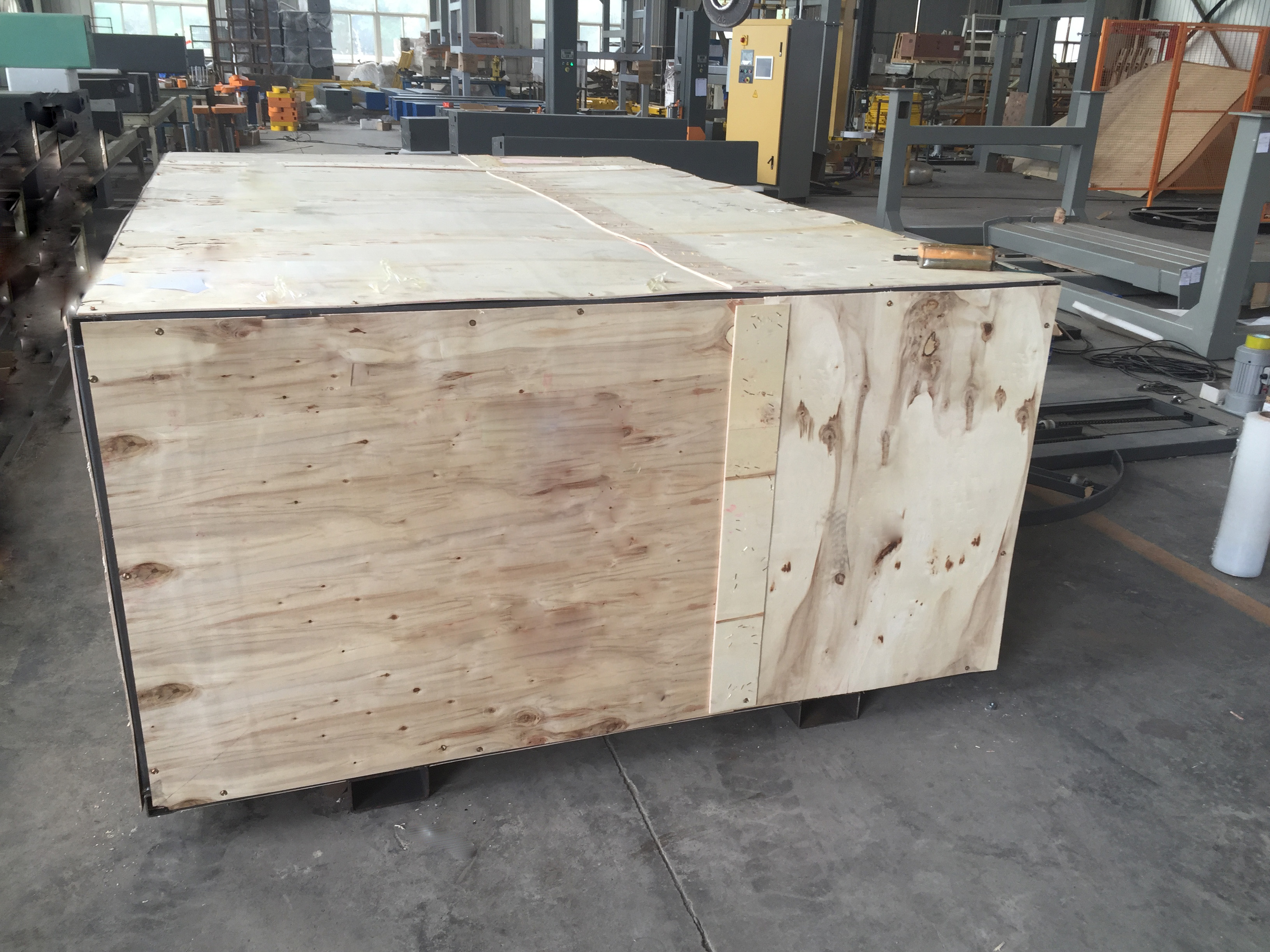 Automatic Stretch Pallet Wrapper wooden case