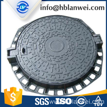 Ductile iron hinged manhole cover