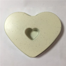 Non stick white dots coating heart shaped pan