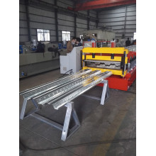 China for Floor Deck Cold Roll Forming Machine Universal Joint floor deck roll forming machine supply to United States Minor Outlying Islands Manufacturers