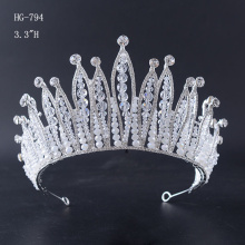 2017 New Arrival Fashion Pearl Crystal Crown