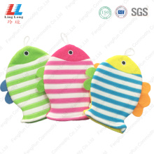 gradient fishes body cleaning gloves