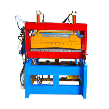 Automatic leveling machine for sheet metal